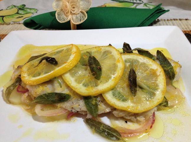Filé de Tilápia com Manteiga, Limão Siciliano e Sálvia Fresca