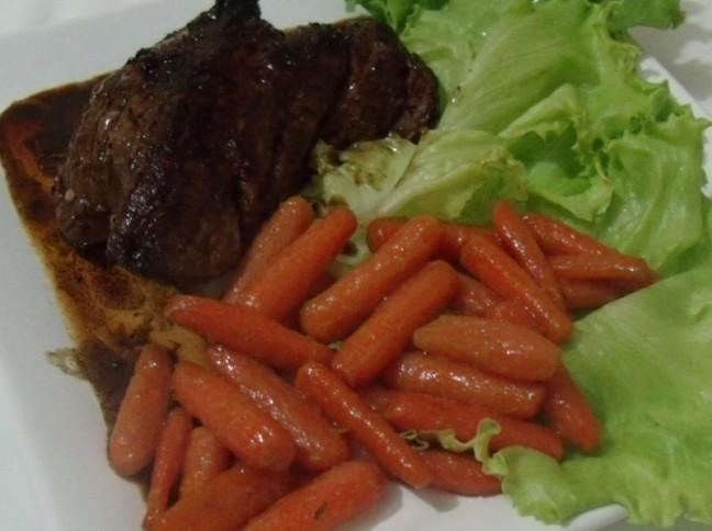 Cenouras Baby Caramelizadas