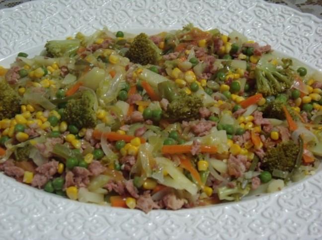 Salada Quente Italiana com Linguiça Toscana