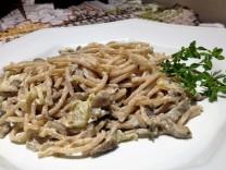 Espaguete Integral com Molho de Cogumelos e Alho-poró
